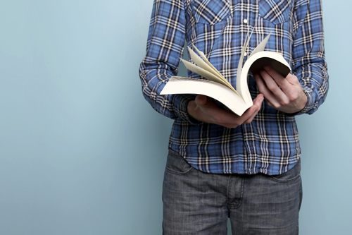 5 Essential Books for Customer Service Leaders